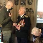 Дмитрий Голубков поздравил одинцовских ветеранов Великой Отечественной войны с Днем Победы