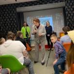 Одинцовские партийцы поддержали концерт воспитанников клуба «Изумрудный город»