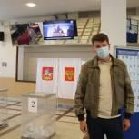Денис Кравченко высоко оценил уровень подготовки и ход предварительного голосования «Единой России»