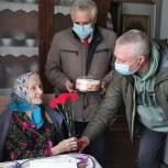 Единороссы поздравляют ветеранов Великой Отечественной войны