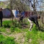 Депутат Гордумы Краснодара провел совместную уборку территории