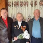 Лопатинский район: партийцы поздравили ветеранов