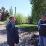 Работы по благоустройству центральной площади в Пугачеве ведутся с опозданием графика