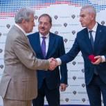 Юрий Смирнов награжден медалью Николая Озерова