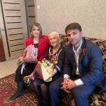 В Дагестане ветераны Великой Отечественной войны принимают поздравления и подарки
