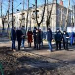 Партийцы Балашихи взяли на контроль восстановление прогулочной площадки детского сада в микрорайоне Северный