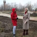 Продолжается благоустройство стадиона в поселке Соколовка