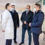 Аркадий Фомин и Дмитрий Хубезов поддержали медиков двух районных больниц