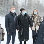 Владимир Жук проверил, как выполнены проекты по инициативному бюджетированию в Дзержинском