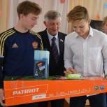 Николай Лукьянов посетил школу на малой Родине