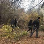 В Ленинском районе в рамках акции «Чистый двор» прошел субботник