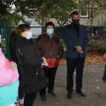 Панков: Жителям «Совхоза Комбайн» нужны условия для комфортного проживания