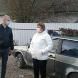 Депутат поможет семье погорельцев из Энгельсского района с восстановлением жилья