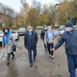 Щелковские единороссы проверили благоустройство в городе Щелково после обращения жителей