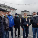 Единороссы и волонтеры проверили соблюдение масочного режима в Домодедове