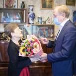 Владимир Ружицкий поздравил с днем рождения старейшего члена партии «Единая Россия»