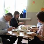 Олег Соковиков проверил качество питания в павловопосадской школе №5