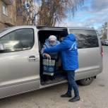 В Уфе волонтер помог пожилой женщине доехать до поликлиники на ревакцинацию