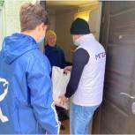 Активисты партии в Изобильненском округе приняли участие в акции «Согрей теплом доброго сердца»