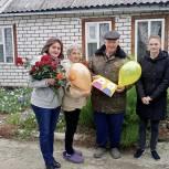 В рамках празднования Международного Дня пожилого человека активисты «Единой России» организовали помощь старшему поколению