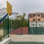 Во владивостокских дворах завершается ремонт по программе Олега Кожемяко «1000 дворов»