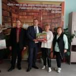 Орловские школы продолжают получать мультимедийные образовательные комплекты