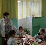 Земетчинские единороссы оценивают работу школ