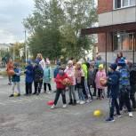 В Копейской школе №6 во второй день голосования  прошли соревнования «Веселые старты»