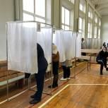 На избирательных участках Алтайского края проголосовали более 23% избирателей