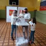 Ульяновцы идут на выборы всей семьей