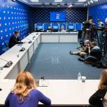 «Единая Россия» занимает первое место на выборах в Госдуму РФ