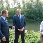 Денис Паслер осмотрел ход ремонтных работ набережной реки Большая Кинель