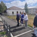 Депутаты Катав-Ивановского района провели рейды по контролю за ходом работ  пешеходной зоны и спортивной площадки