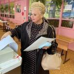 Валентина Жиделева приняла участие в выборах
