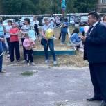 Депутат Саратовской городской Думы помог организовать праздник двора в ленинском районе
