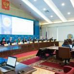 Центризбирком выдал удостоверения избранным по федеральному списку «Единой России» депутатам Госдумы