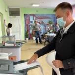 Иван Краснов проголосовал на выборах губернатора и депутатов Государственной Думы