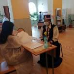 В Калмыкии голосование проходит в национальном колорите