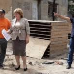 Ход реализации программы по благоустройству дворов в Махачкале проверили активисты «Единой России»