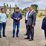 Оренбургские депутаты проверили ход работ по благоустройству объектов на округах