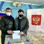 Сергей Буяков проверил соблюдение противоэпидемических норм на избирательном участке