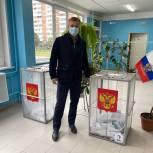 Дмитрий Дениско посетил избирательные участки в Люберцах