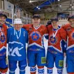 В Ступине прошел хоккейный матч между командой штаба общественной поддержки «Единой России» и «Звездой России»