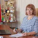 Обновление имеющихся и строительство новых школ поможет решить проблему обучения в одну смену, - Ангелина Бирюкова