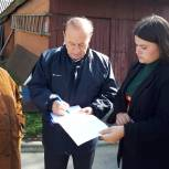 Юрий Цкипури вместе с жителями оценил результат работ по проекту «Наш город»