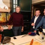 Андрей Иванов и Денис Майданов навестили участников программы социальной газификации