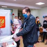 Сахалинский лидер «Единой России» проголосовал на выборах депутатов Госдумы