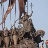 В Гдовском районе торжественно открыт монумент Александру Невскому