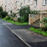 Депутаты выявили недочеты при благоустройстве дворов