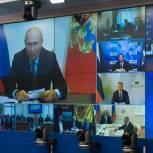Дмитрий Медведев: Фракция «Единой России» в Госдуме обновилась практически наполовину за счет волонтеров, врачей, учителей